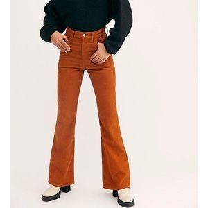 NWT Free People x Levi's Ribcage Cord Flare Jeans High Rise Caramel Brown